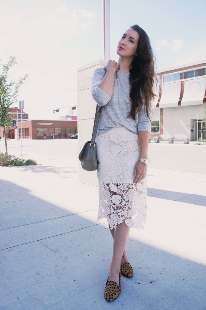 pink peonies style pencil skirt
