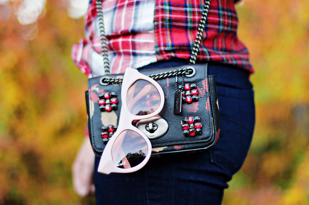 mixed plaid shirttan beige hunter rain boot karen walker starburst sunglasses pink coach floral jewel bag