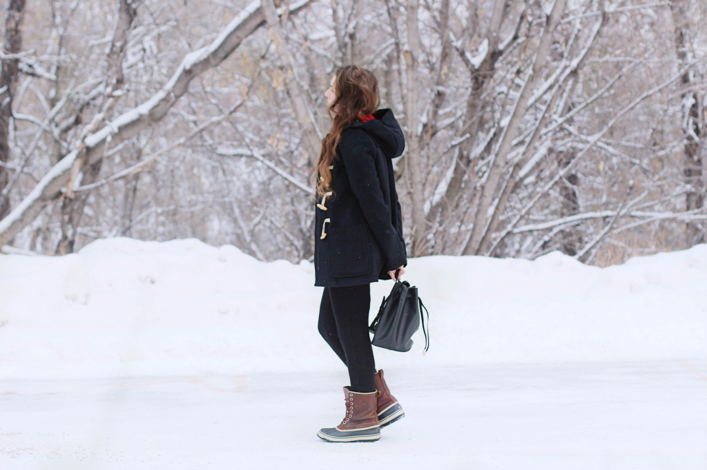 Gap Toggle Duffle coat pb0110 bucket bag ours designer canadian blogger wavy hair tutorial  Northern Style Exposure