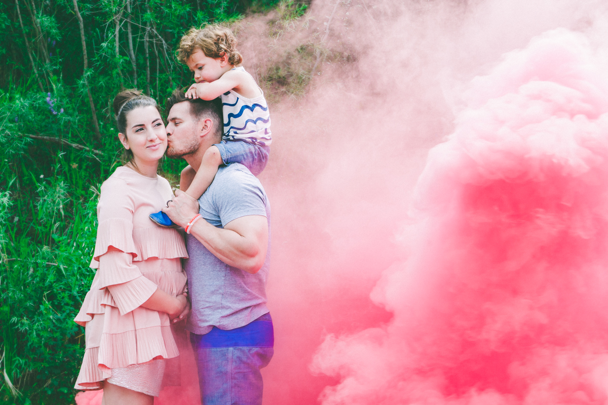 cool ways to use smoke bombs sparkle rock pop