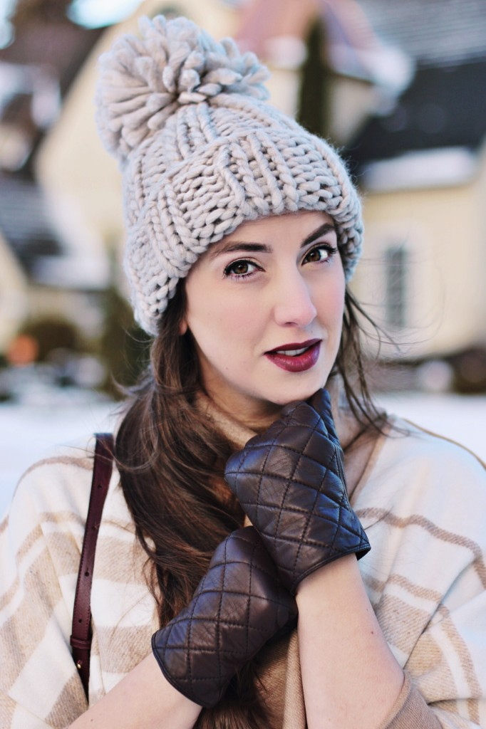 maybelline raging raisin loaded bold lipstick Dream illuminating concealer cushion foundation beauty blogger Canada Canadian Kira Paran Northern Style exposure Goant Pom Pom hat oversized knit dark lip tutorial
