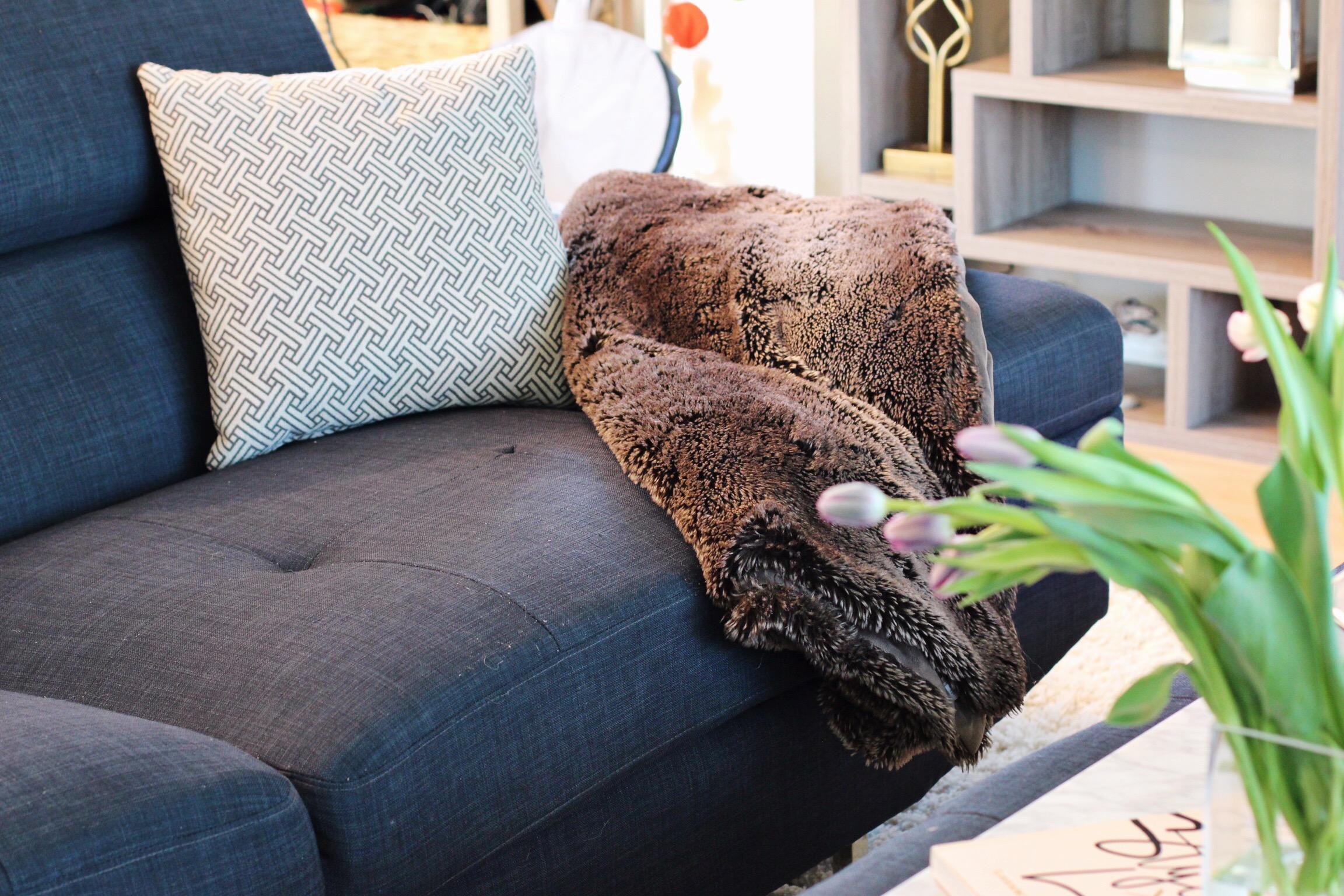 Home decor my elegant modern living room with thebrick for Elegant home decor