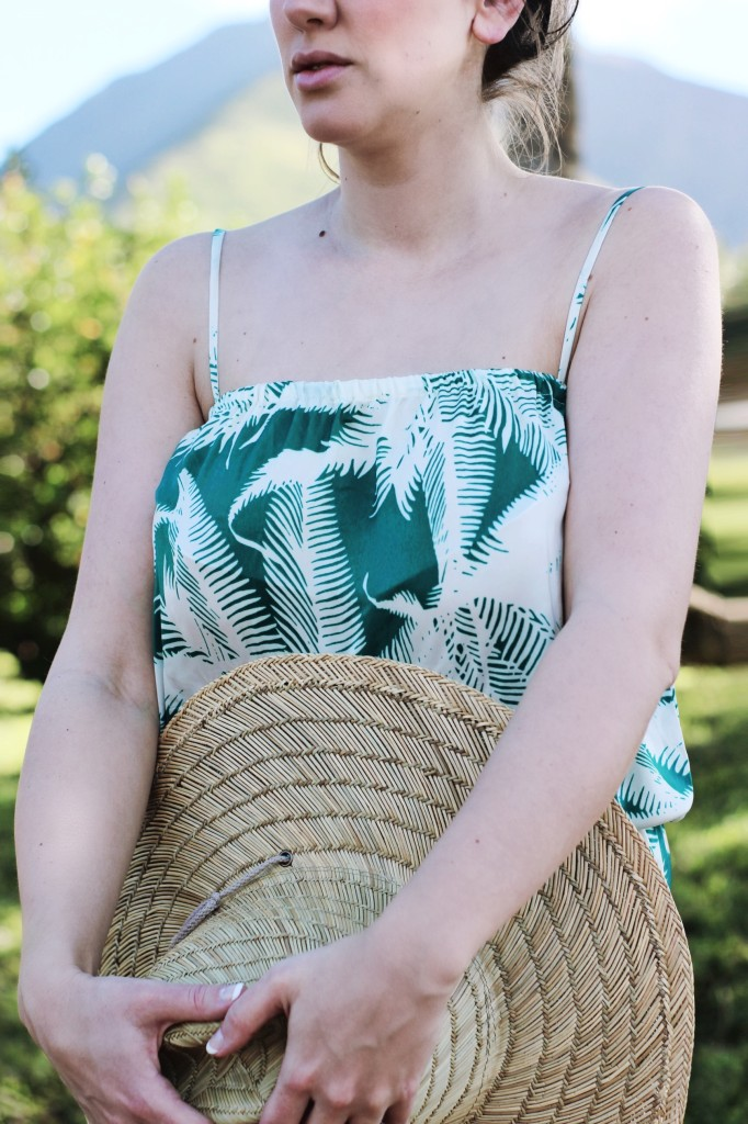 Palm tree leaf print romper jumpsuit silk j.crew style blogger vacation look