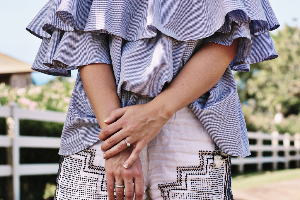 ruffled off the shoulder top dress pompom tassel j.crew shorts silver metallic birkenstock arizona canadian blogger travel canadian maui