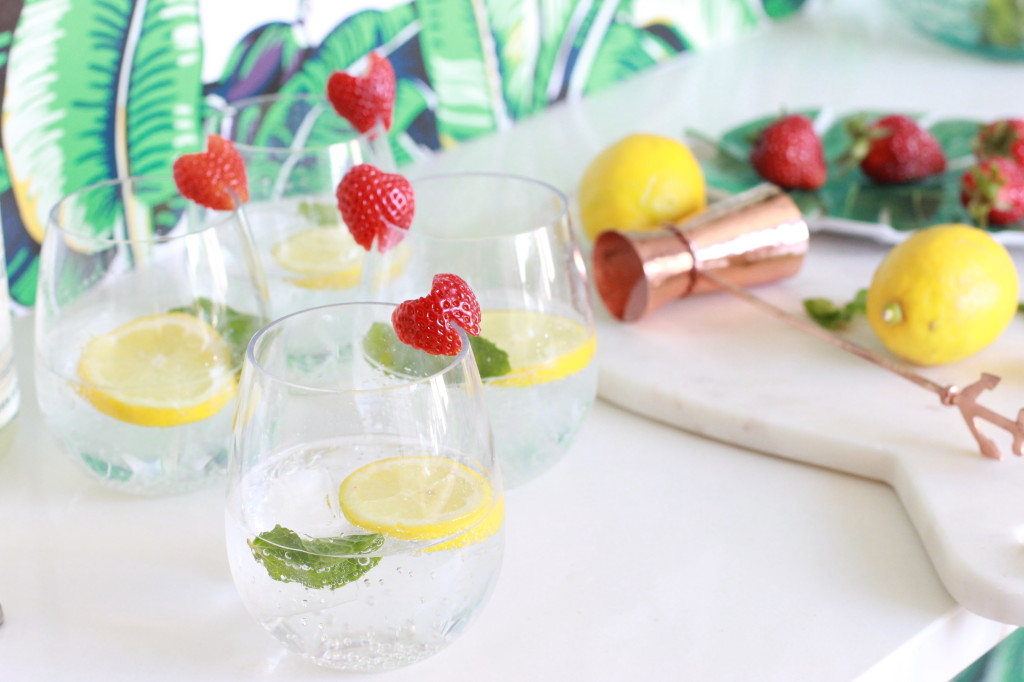 summer drink recipe strawberry lemon gin spritz