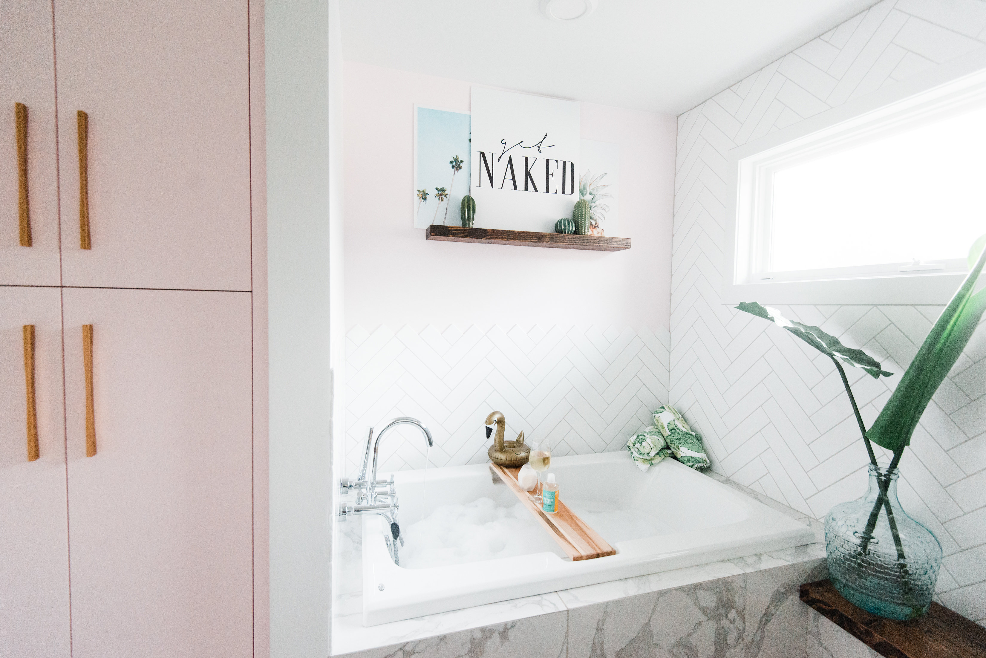 Beauty || My Bathroom Oasis with @RockyMtnSoap #partner ...