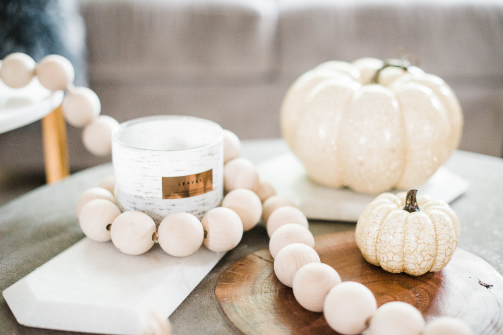 Fall decor home tour 2017 ideas white pumpkins modern autumn style Canadian bloggers