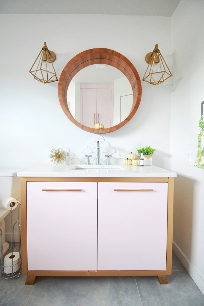 round vanity mirror wood frame gold geometric pendant light fixture pink vanity modern design bathroom -16:58:14